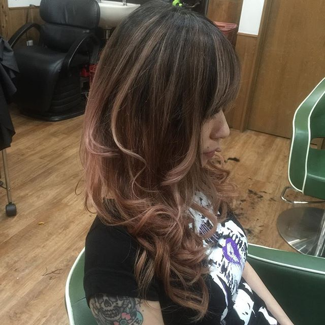 #rootcolor#gradationcolor#haircolor#hairextensions#chicago_hair_studio#豊橋#美容院#豊橋美容院
