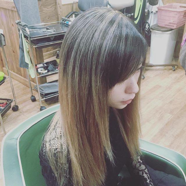 hair color !!#hairstyle#haircolor#chicago_hair_studio#haircut#hairset#豊橋#豊橋美容院#美容師#散髪#床屋#barber#hairextensions#バレイヤージュ#シカゴスタイル#エクステ