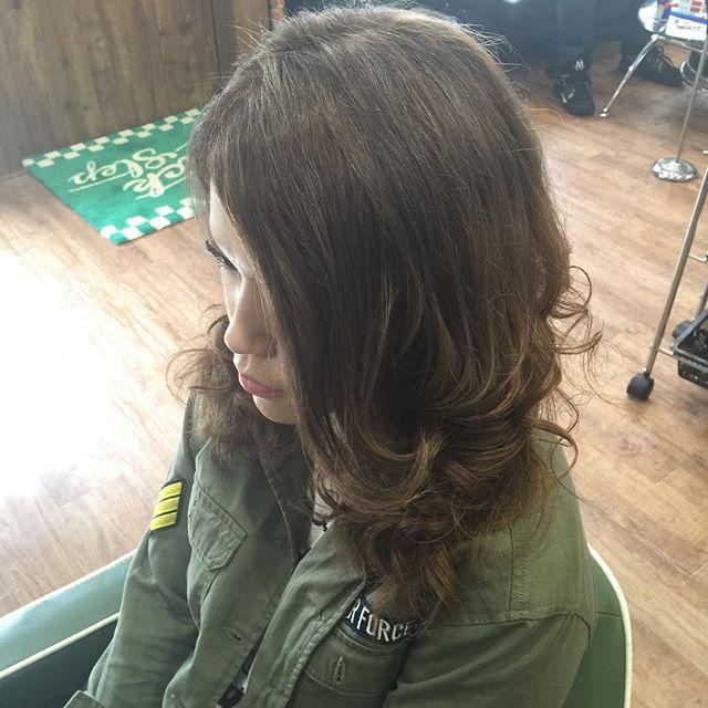 hair color !!#hairstyle#haircolor#chicago_hair_studio#haircut#hairset#豊橋#豊橋美容院#美容師#散髪#床屋#barber#シカゴスタイル#chicagohairstudio