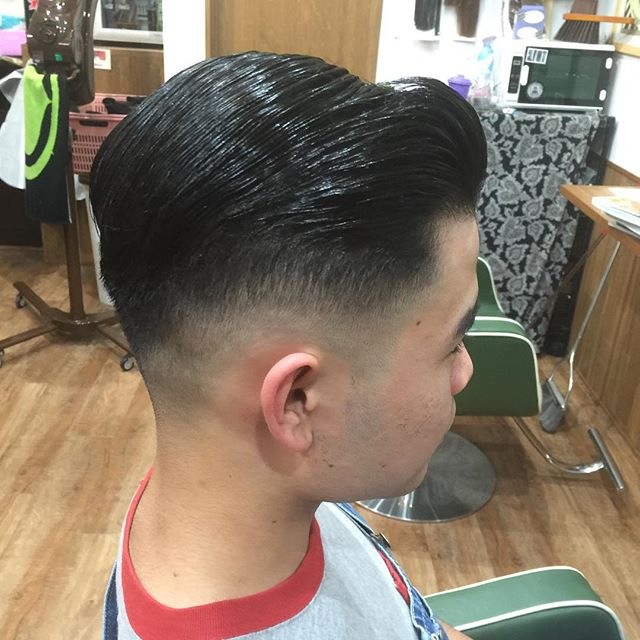 7:3#hairstyle#haircolor#chicago_hair_studio#haircut#hairset#pomade#suavecito#getithombre#pomphair#pompadour##豊橋#豊橋美容院#美容師#散髪#床屋#barber#シカゴスタイル#chicagohairstudio#七三#刈り上げ#ポマード