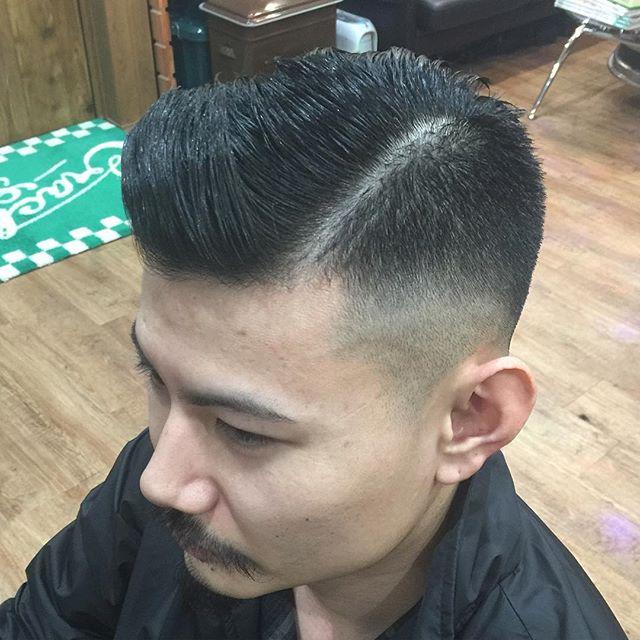 7:3スタイルに分けるのが面倒や少し変わった7:3が好きな方に!!#hairstyle#pomade#suavecito#getithombre #fade#pompadour #chicago_hair_studio#haircut#hairset#豊橋#豊橋美容院#美容師#散髪#床屋#barber#シカゴスタイル#chicagohairstudio