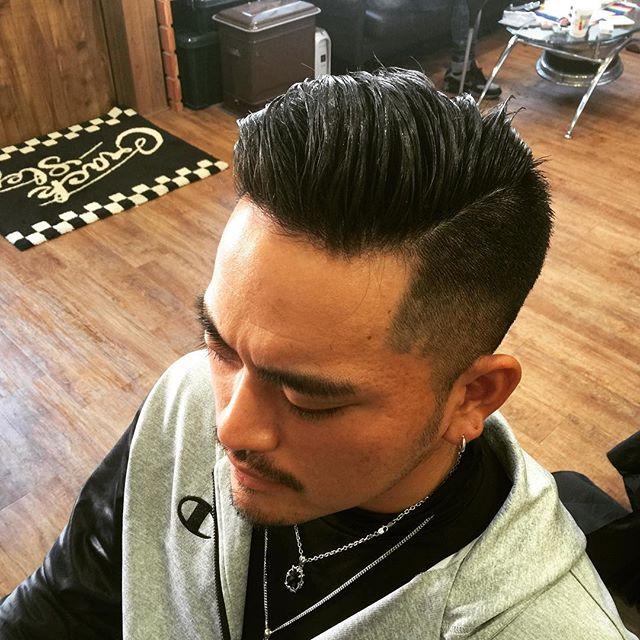 オールサイドバック!!#hairstyle#pomade#suavecito#getithombre #fade#pompadour #chicago_hair_studio#haircut#hairset#豊橋#豊橋美容院#美容師#散髪#床屋#barber#シカゴスタイル#chicagohairstudio