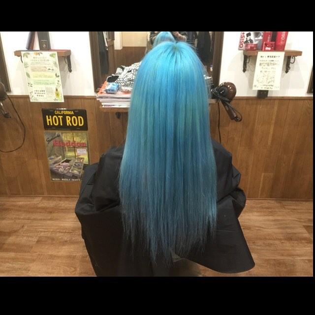 カラー完了(^-^)#bulehair#manicpanic#カラー#ヘアカラー#hairstyle#haircolor#chicago_hair_studio#haircut#hairset#豊橋#豊橋美容院#美容師#散髪#床屋#barber#シカゴスタイル#chicagohairstudio