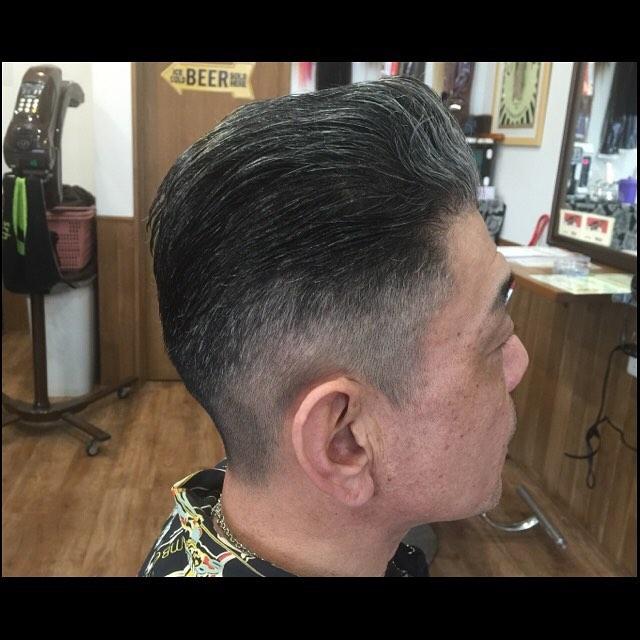 ロカビリーなお客さんの刈り上げオールバックのカット。#hairstyle#menshair#chicago_hair_studio#haircut#hairset#豊橋#豊橋美容院#美容師#散髪#床屋#barber#シカゴスタイル#chicagohairstudio