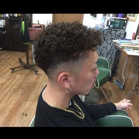 fade&permanent !!#hairstyle#haircolor#chicago_hair_studio#haircut#hairset#豊橋#豊橋美容院#美容師#散髪#床屋#barber#シカゴスタイル#chicagohairstudio#permanent#menshair#menshaircut