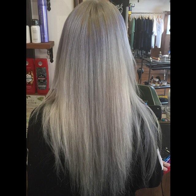 パールホワイト。#hairstyle#haircolor#chicago_hair_studio#haircut#hairset#豊橋#豊橋美容院#美容師#散髪#床屋#barber#シカゴスタイル#chicagohairstudio
