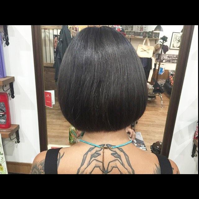 ダークアッシュ&ボブカット。#bob#hairstyle#haircolor#chicago_hair_studio#haircut#hairset#豊橋#豊橋美容院#美容師#散髪#床屋#barber#シカゴスタイル#chicagohairstudio#tattoo#tattoogirl