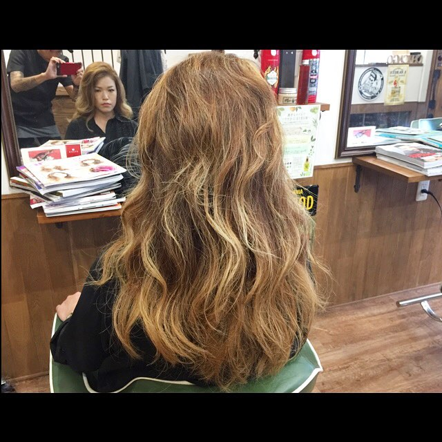 hair color !! #hairstyle#haircolor#chicago_hair_studio#haircut#hairset#豊橋#豊橋美容院#美容師#散髪#床屋#barber#シカゴスタイル#chicagohairstudio