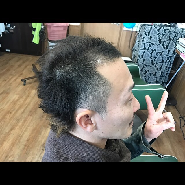 featherback hair !!!#hairstyle#haircolor#chicago_hair_studio#haircut#hairset#豊橋#豊橋美容院#美容師#散髪#床屋#barber#シカゴスタイル#chicagohairstudio