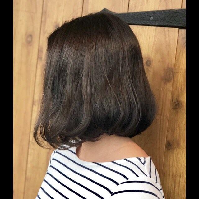 matash color.以前入れたハイライトを活かしてトーンダウン.寒色カラーは暗めでも透け感で重たくならない色味です︎#愛知#豊橋豊美容室#beauty#hair#hairdesign hairdresser#shorthair#middiumhair#color#ヘアスタイル#ヘアセット#カット#カラー#グラデーション#ハイライト#グラデーションカラー#ハイライトカラー#ナチュラルヘア#ハイトーンカラー#ファッションカラー#ブリーチカラー#デザインカラー