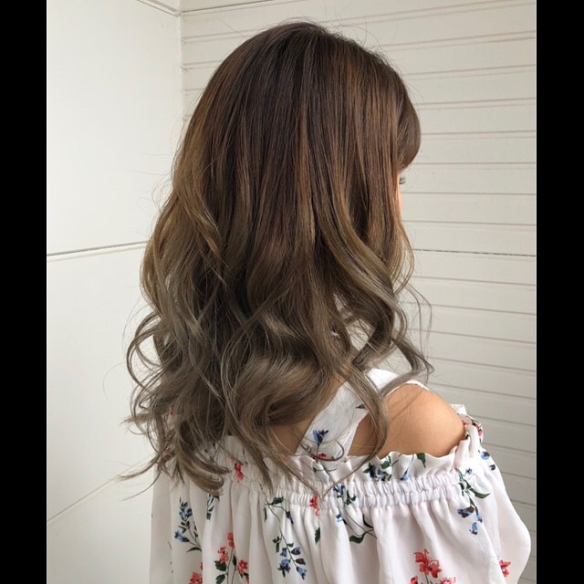 natural gradation color!.#豊橋美容室#豊橋#岩田#beautysalon#hairsalon#hairdresser#shorthair#middiumhair#haircut#color#designcolor#ヘアセット#カット#カラー#グラデーションカラー#ハイライトカラー#ナチュラルヘア#ハイトーンカラー#ファッションカラー#ブリーチカラー#バレイヤージュ