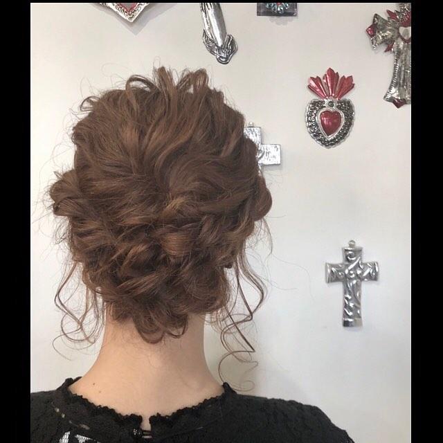 hair set︎party hairもやってます︎.#豊橋美容室#豊橋#岩田#beautysalon#hairsalon#hairdresser#shorthair#middiumhair#haircut#color#designcolor#ヘアセット#パーティヘア#編み込みアレンジ #お出かけセット #お呼ばれヘア #ヘアアレンジ#アップスタイル