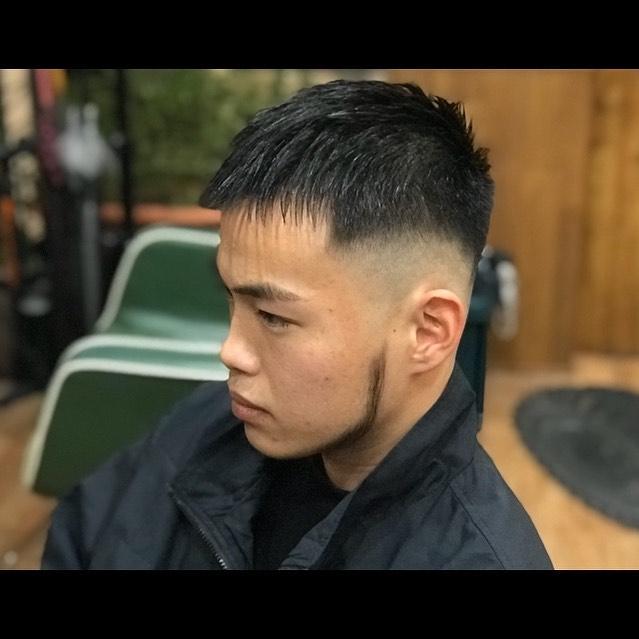 CROP CUT#hairsalon#beautician#愛知#hairstyle#haircut#hairset#豊橋#豊橋美容院#美容師#床屋#barber#barberstyle#barbershop#wahl#wahlpro#menshair#メンズヘア#ヘアカット#短髪#フェード#フェードカット#getithombre#barberlife#ヘアスタイル#ヘアセット#fade#ストリート#cropcut#クロップスタイル