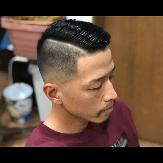 HARD PART🤙🤙🤙🤙#hairsalon#beautician#愛知#hairstyle#haircut#hairset#豊橋#豊橋美容院#美容師#床屋#barber#barberstyle#barbershop#wahl#wahlpro#menshair#メンズヘア#ヘアカット#短髪#フェード#フェードカット#getithombre#barberlife#ヘアスタイル#ヘアセット#fade#ストリート#hardpart#ハードパート